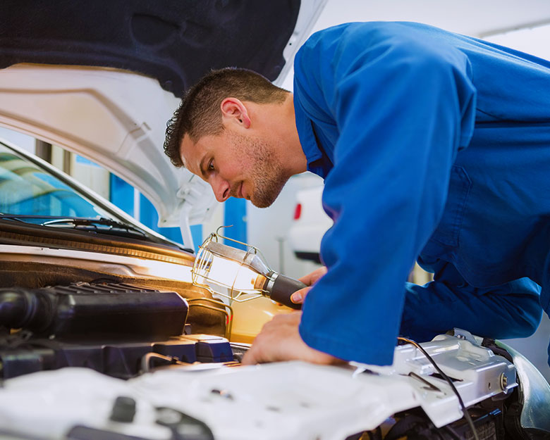 Why Use a Qualified Auto Electrician to Install Electrical Equipment